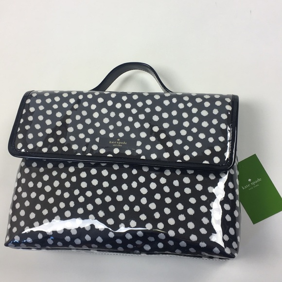 d952fbe0cd9e Kate Spade traveling makeup bag